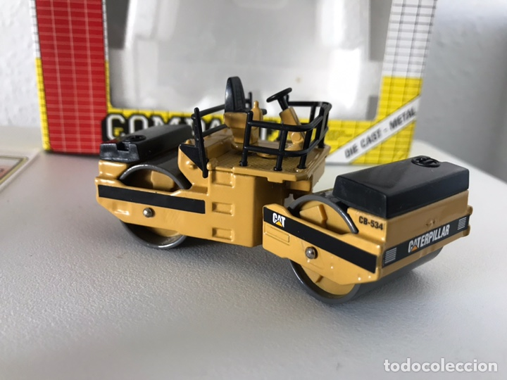 Modelos a escala: Preciosa máquina compactadora CAT Joal 1:50 - Foto 4 - 145601622