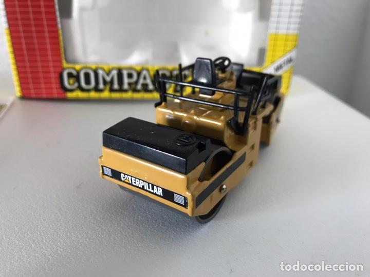 Modelos a escala: Preciosa máquina compactadora CAT Joal 1:50 - Foto 6 - 145601622