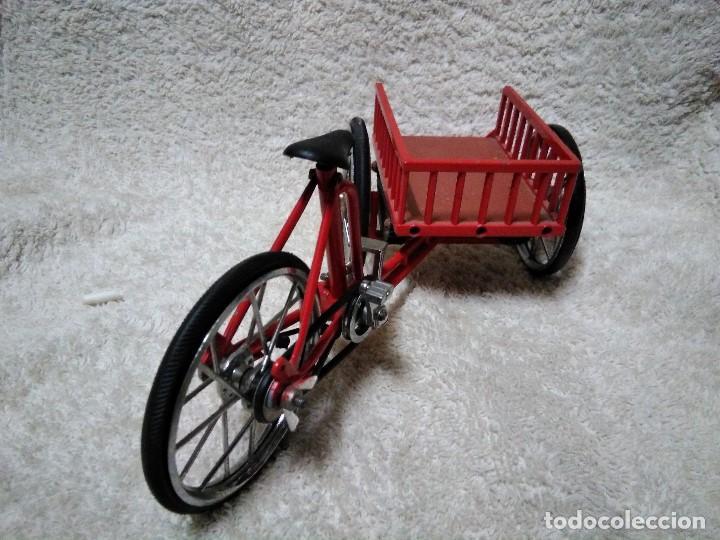 Modelos a escala: precioso triciclo con carrito - Foto 7 - 150981394