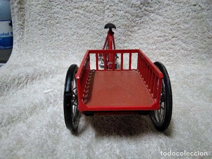 Modelos a escala: precioso triciclo con carrito - Foto 8 - 150981394