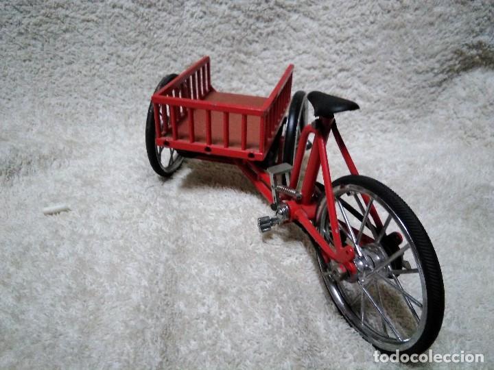 Modelos a escala: precioso triciclo con carrito - Foto 9 - 150981394