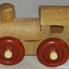 Modelos a escala - Locomotora En Miniatura De Madera - 3cm - 160485986