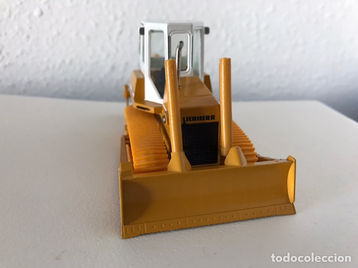 Modelos a escala: Preciosa máquina Bulldozer LIEBHERR 722 Conrad 1:50 - Foto 3 - 160696309