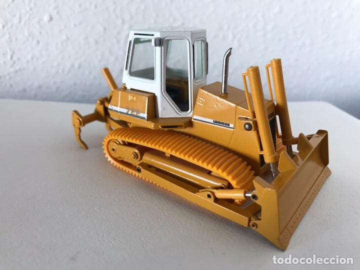 Modelos a escala: Preciosa máquina Bulldozer LIEBHERR 722 Conrad 1:50 - Foto 4 - 160696309