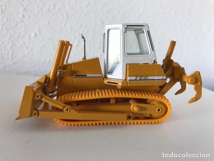 Modelos a escala: Preciosa máquina Bulldozer LIEBHERR 722 Conrad 1:50 - Foto 8 - 160696309