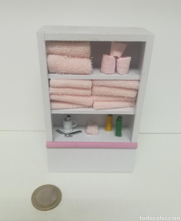mueble auxiliar de cuarto de baño en miniatura. - Kaufen ...