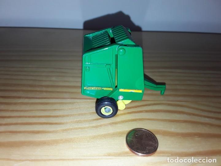 Modelos a escala: Miniatura remolque John Deere - Foto 3 - 169239460