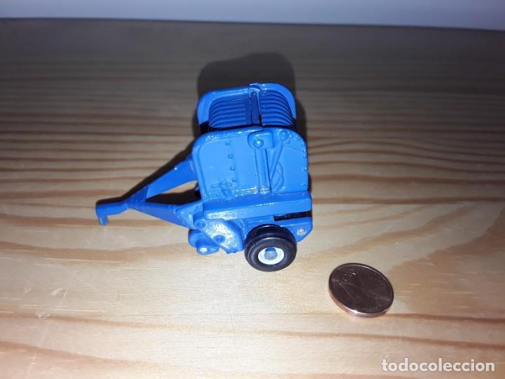 Modelos a escala: Miniatura remolque ERTL - Foto 2 - 169239576