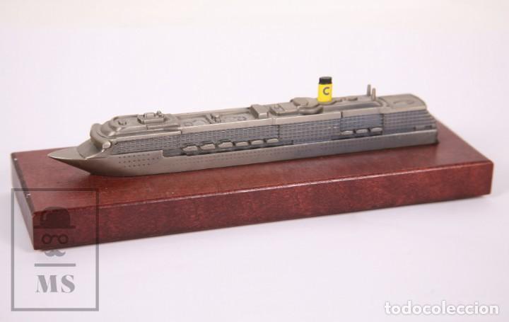 Modelos a escala: Maqueta a Escala - Barco Crucero Costa Mediterránea - Metal Sobre Base de Madera -Med. 23 x 7 x 6 cm - Foto 5 - 171086649