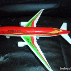 Modelos a escala: BOING 777 - FIGURA A FRICCION - . Lote 172840944