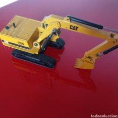 Modelos a escala: RETROEXCAVADORA JOAL 225 CAT. Lote 175960647