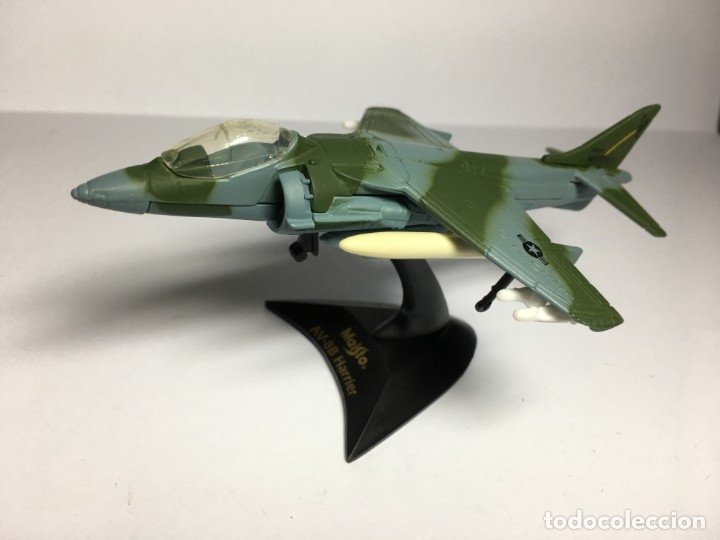 AVION AV-88 HARRIER DE MAISTO (Juguetes - Modelos a escala)