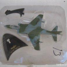 Modelos a escala: AVIÓN AV-8B HARRIER - MAISTO - EN SU BLÍSTER ORIGINAL.. Lote 180007532