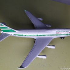 Modelos a escala: AVIÓN MATCHBOX BOEING 747 CATHAY PACIFIC SKYBUSTERS SB-31. Lote 182176048