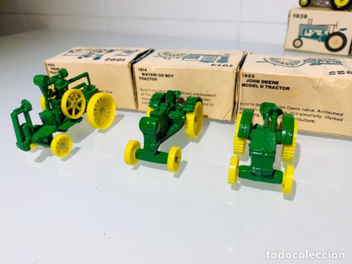Modelos a escala: Antigua Colección ERTL 8 Tractores John Deere 1892-1973. Completa+Extraordinario estado. Ppios. '70s - Foto 8 - 183820612