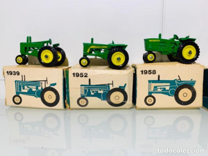 Modelos a escala: Antigua Colección ERTL 8 Tractores John Deere 1892-1973. Completa+Extraordinario estado. Ppios. '70s - Foto 9 - 183820612