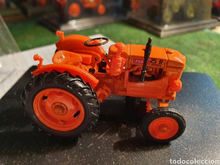 Modelos a escala: Tractor Fiat 25R de 1951. - Foto 2 - 187113407