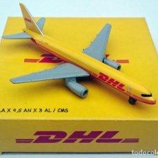 Modelos a escala: DHL PUBLICIDAD ORIGINAL - BOEING 757 AVIÓN DE CARGA - OBSOLETO. Lote 98165671