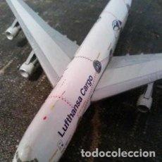 Modelos a escala: AVIÓN BOEING 747-200 ÁFRICA. CUATRIMOTOR. LUFTHANSA CARGO. Lote 194089553
