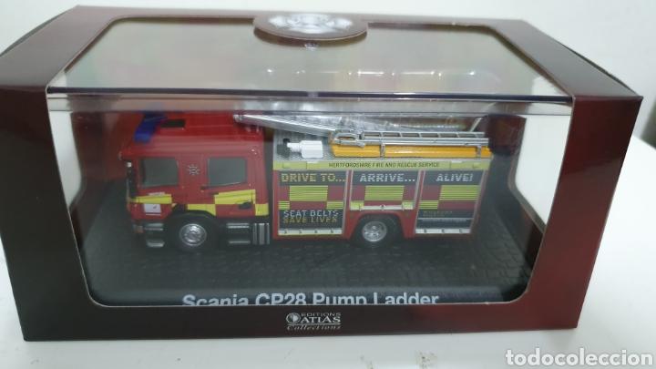 Modelos a escala: Camión bomberos Scania CP28 Pump Ladder. - Foto 4 - 194225225