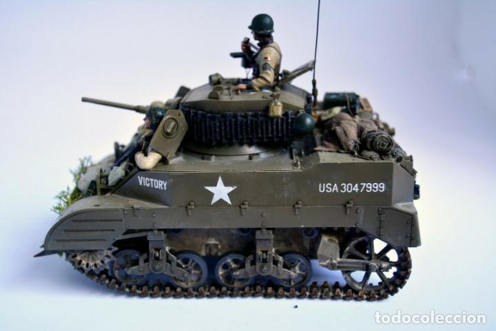 Modelos a escala: Modelo a escala 1/35 único montado y pintado - US M5A1 Light Tank 1st Division - WWII - Foto 2 - 195330720