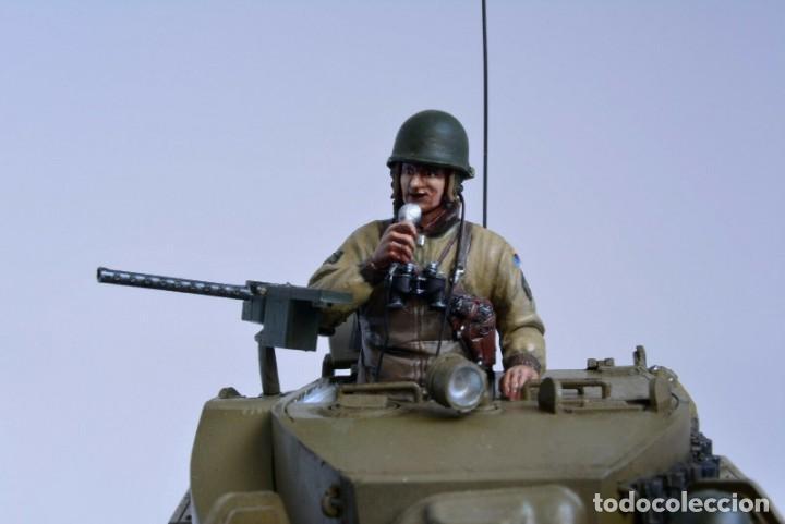 Modelos a escala: Modelo a escala 1/35 único montado y pintado - US M5A1 Light Tank 1st Division - WWII - Foto 9 - 195330720