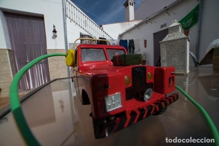 Modelos a escala: Rico Land Rover con remolque basculante marca Rico - Foto 3 - 195336842