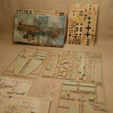 Modelos a escala: MAQUETA STUKA JUNKERS JU 87B REVELL. Lote 201208371
