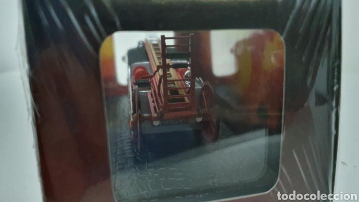 Modelos a escala: Camión de bomberos Dennis F12. - Foto 3 - 202694477