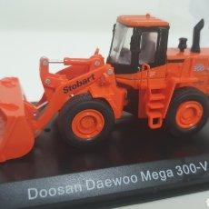Modelos a escala: PALA CARGADORA DOOSAN DAEWOO MEGA 300V.. Lote 212384562