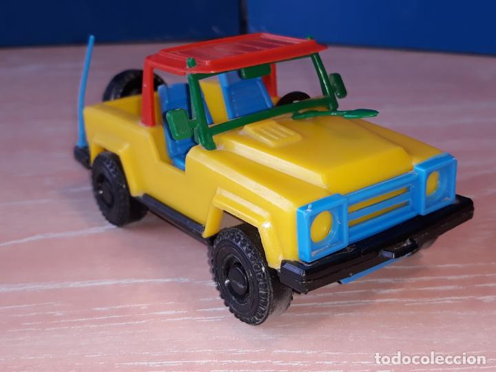 TOYOTA LAND CRUISER PICK UP 1970 - APOX.1/24 - MADE IN SPAIN - BULLYCAN (Juguetes - Modelos a escala)