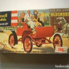 Modelos a escala: 1904 OLDMOVILE REVELL LODELA. Lote 225966160