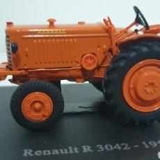 Modelos a escala: TRACTOR RENAULT R 3042 DE 1950.. Lote 187089238