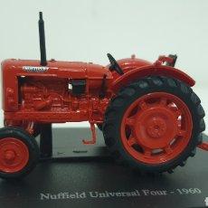 Modelos a escala: TRACTOR NUFFIELD UNIVERSAL FOUR DE 1960.. Lote 199985397