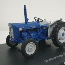 Modelos a escala: TRACTOR FORDSON SUPER DEXTA DE 1963.. Lote 229491330