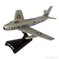 Modelos a escala: F-86F SABRE USAF 1:100 AVION DE COMBATE DEL PRADO DIECAST #015. Lote 236321845