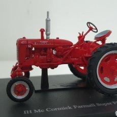 Modelos a escala: TRACTOR IH MCCORMICK FARMALL SUPER FC DE 1955.. Lote 241668655