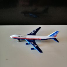 Modelli in scala: BOEING 747 MARCA MIRA COCHE JUGUETE MINIATURA VER FOTOS BUEN ESTADO. Lote 242061345