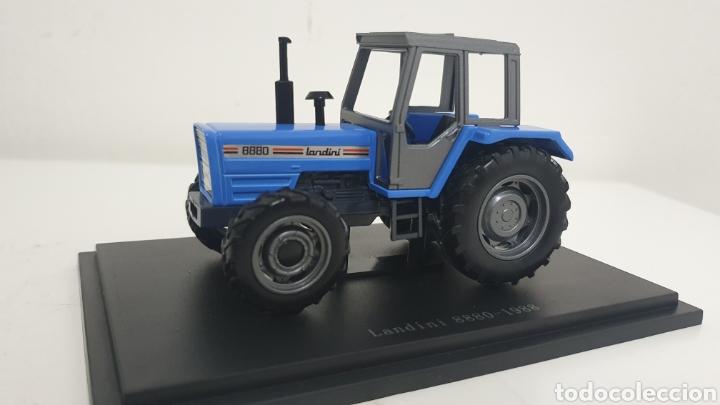 TRACTOR LANDINI 8880 DE 1988. (Juguetes - Modelos a escala)