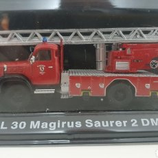 Modelli in scala: CAMIÓN DE BOMBEROS MAGIRUS SAURER 2 DM.. Lote 242147125