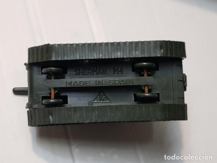 Modelos a escala: EKO VEHICULO MILITAR TANQUE M-4 SHERMAN escala 1:88 primera generación ref.4012 en caja original - Foto 4 - 247216760