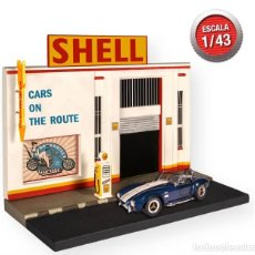 Modelli in scala: DIORAMA ESCENARIO SHELL / AMERICAN CARS - PRODUCTO OFICIAL (ESCALA 1:43) IXO,COLECCION ORIGINAL. Lote 277004798