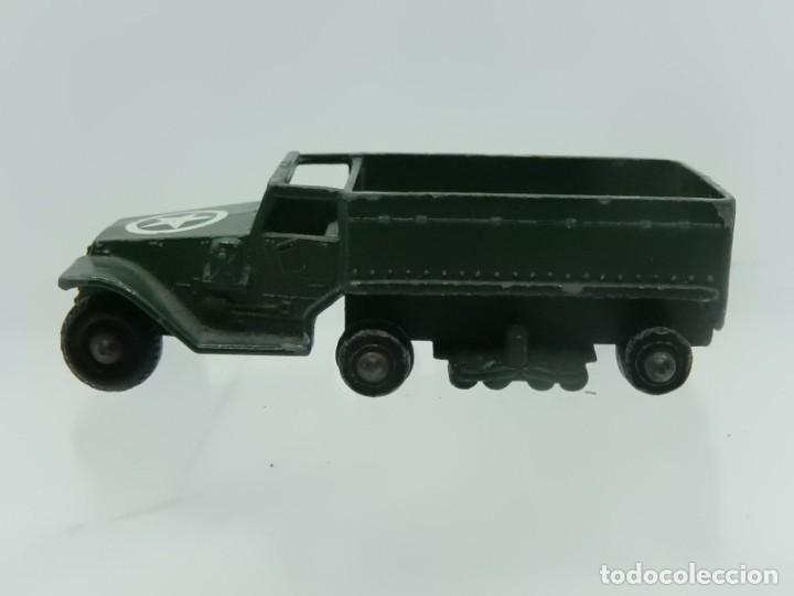 Modelos a escala: Pequeño camión militar. M3 Personnel Carrier. Fabricado en Inglaterra por Lesney. - Foto 2 - 278269403