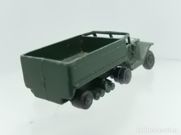 Modelos a escala: Pequeño camión militar. M3 Personnel Carrier. Fabricado en Inglaterra por Lesney. - Foto 4 - 278269403