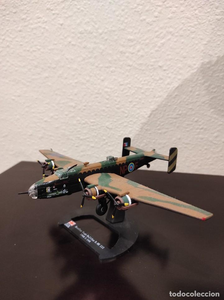 HANDLEY PAGE HALIFAX B.MK III 1944 - 1:144 - WWII AVIÓN (Juguetes - Modelos a escala)