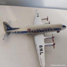 Modelos a escala: DINKY TOYS 60E VICKERS VISCOUNT - AIR FRANCE , BUEN ESTADO, RARO Y ORIGINAL, ESC.1/43, C/CAJA. Lote 294462498