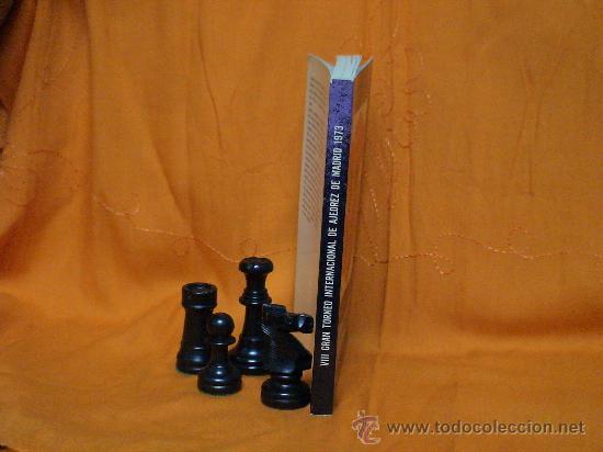 Coleccionismo deportivo: VIII Gran Torneo Internacional de ajedrez de Madrid 1973 - Libro Oficial del Torneo DESCATALOGADO!!! - Foto 2 - 26972159