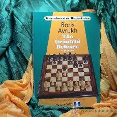 Coleccionismo deportivo: AJEDREZ. CHESS. THE GRÜNFELD DEFENCE. VOLUME ONE - BORIS AVRUKH (GRANDMASTER REPERTOIRE 8). Lote 28570743