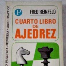 Coleccionismo deportivo: LOTE DE 2 LIBROS DE EJEDREZ DE FRED REINFELD (CUARTO LIBRO & ESTRATAGEMAS) ED. BRUGUERA. COMO NUEVOS. Lote 29804275