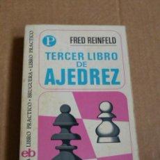 Coleccionismo deportivo: TERCER LIBRO DE AJEDREZ - FRED REINFELD. Lote 53796194